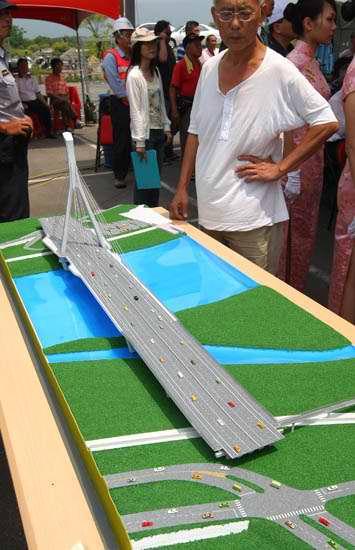 社子大橋模型01.jpg