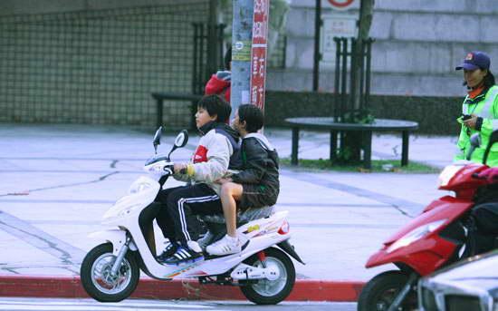 台北市沒法律003.jpg