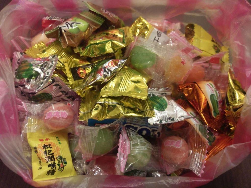 2.6故事家捐贈糖果一包.jpg