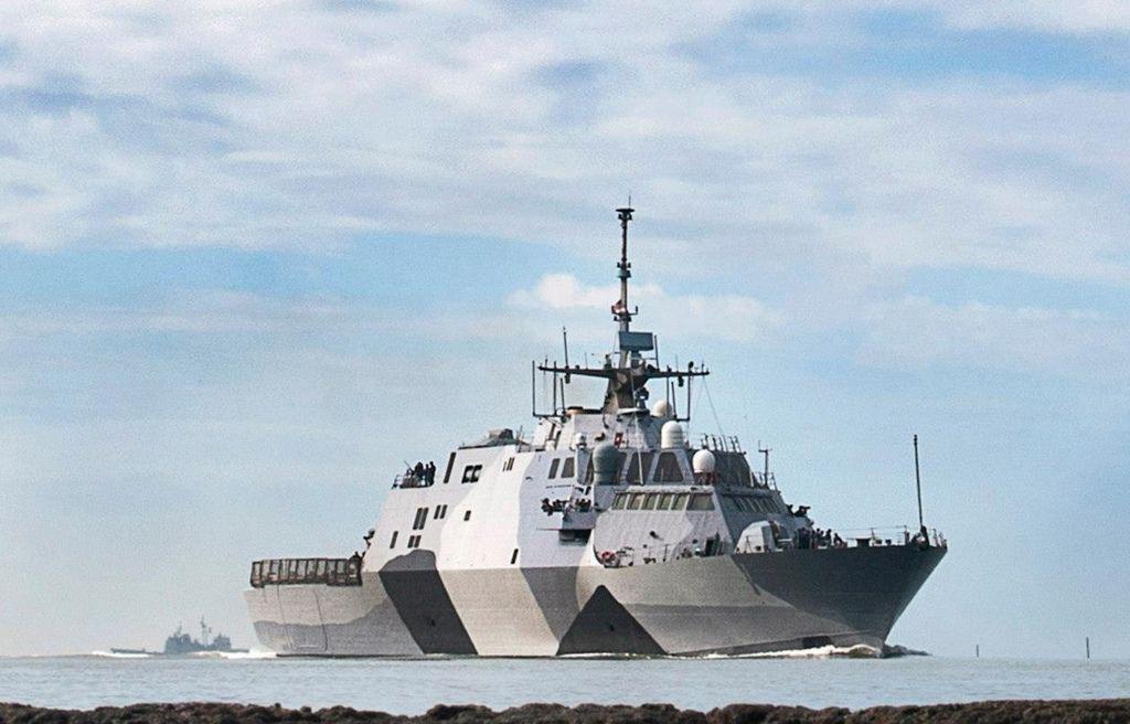 USS Freedom (LCS 1).jpg