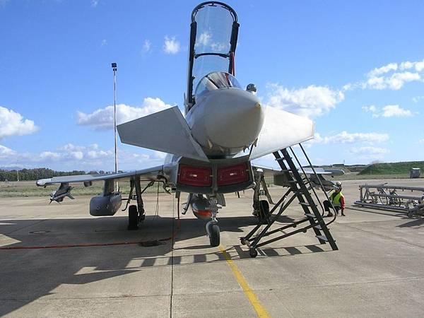 Eurofighter Typhoon_Storm Shadow (2).jpg