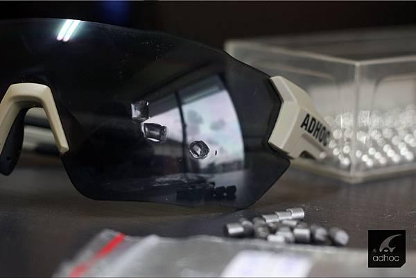 運動眼鏡的安全性直接與眼睛安全相關