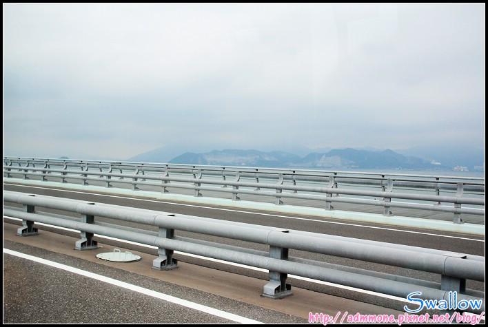 02_13_新北九州機場空港聯絡橋.jpg