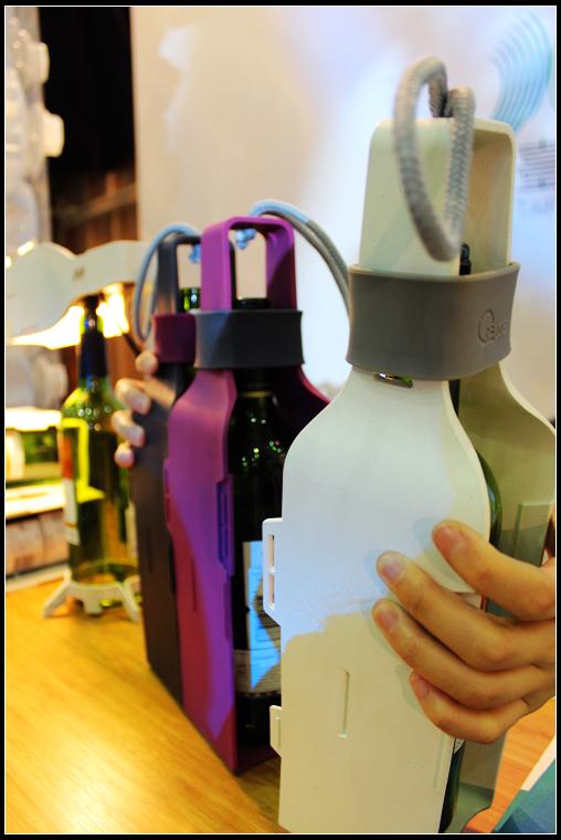 14_特製酒瓶盒_可組合、拆開.jpg