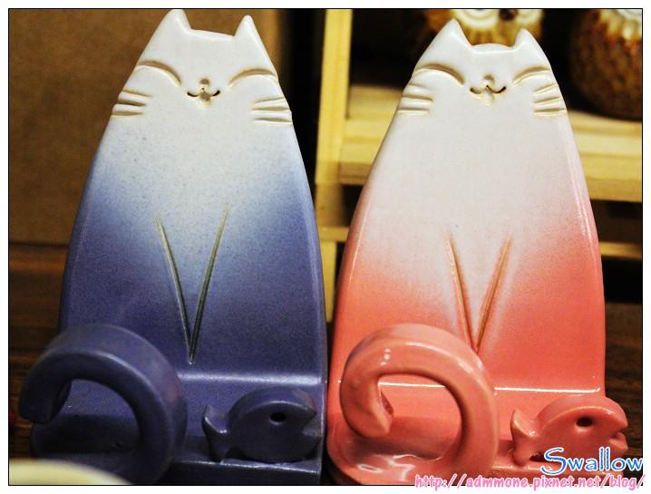 08_陶瓷的貓手機座.jpg