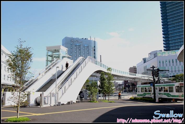 17_09_熊本站前天橋