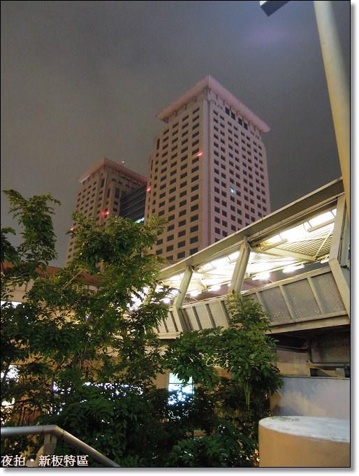 13_熄燈後的板橋車站