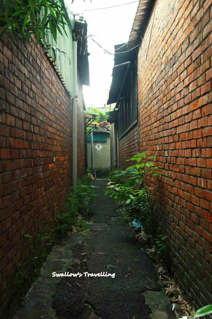 21_狹小巷弄,藏了多少哀愁.jpg