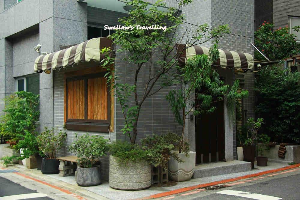 40_轉角咖啡館(誤).jpg