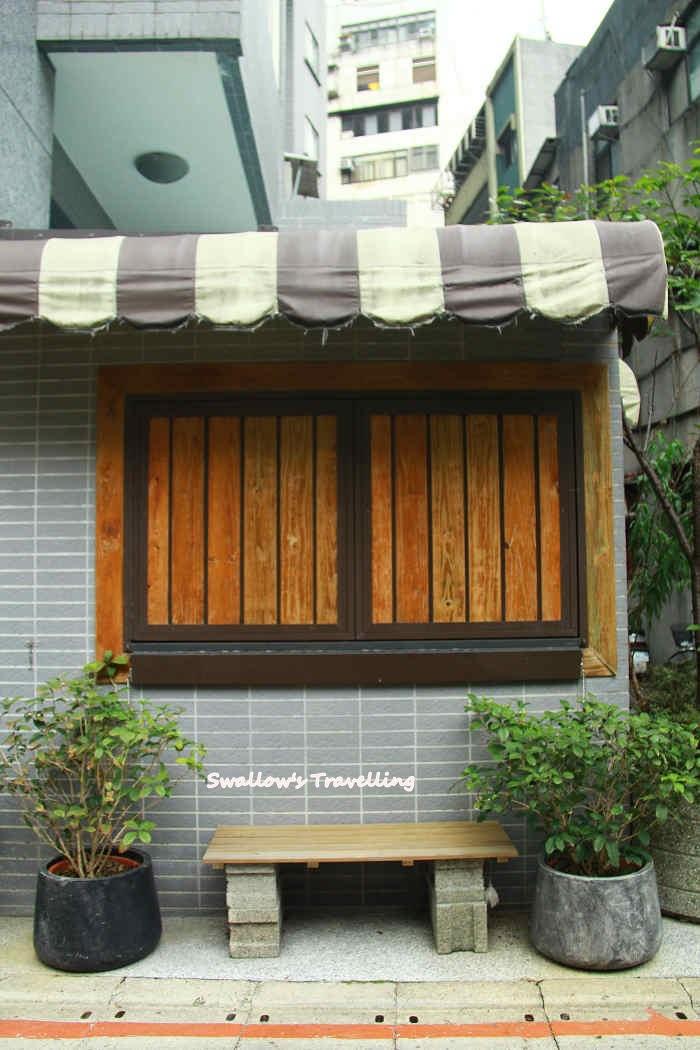42_轉角咖啡館(誤).jpg
