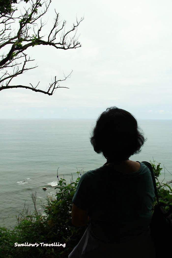 49_望著大海的背影.jpg