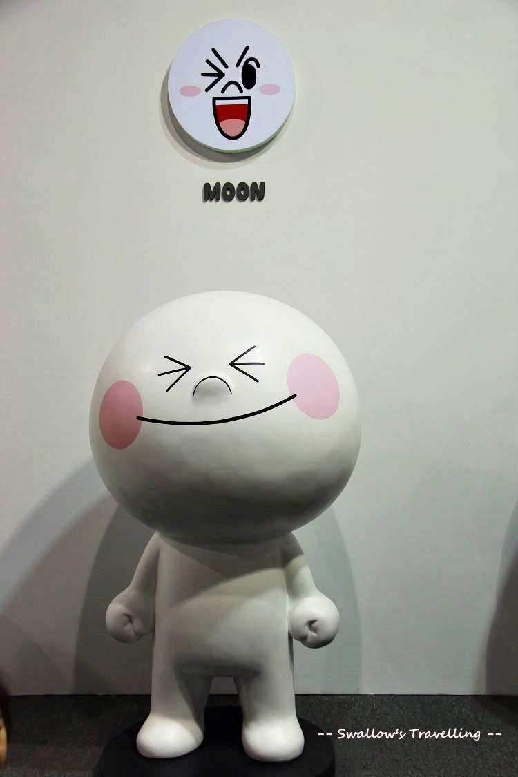 03_Moon.jpg