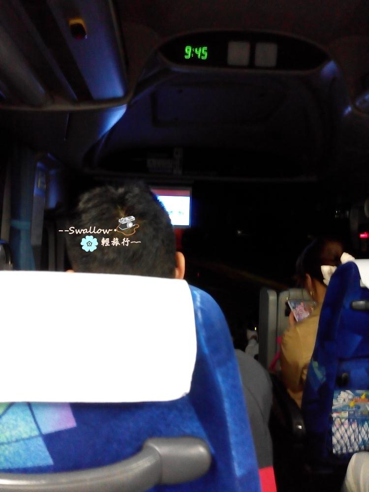 13_巴士上.jpg