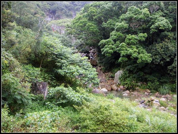 猴洞瀑布3.jpg