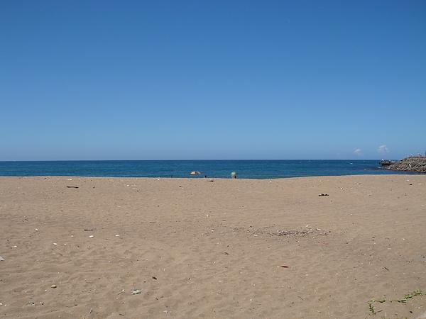 hot beach.JPG