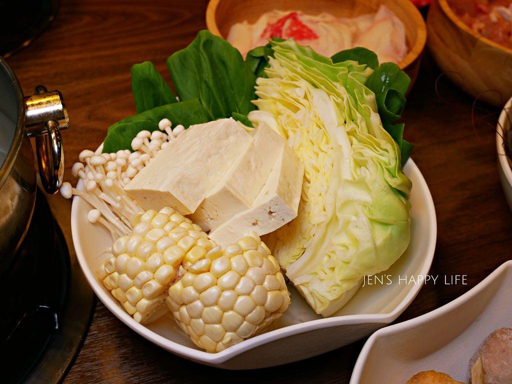 日式涮涮鍋奈奈P1020574.JPG