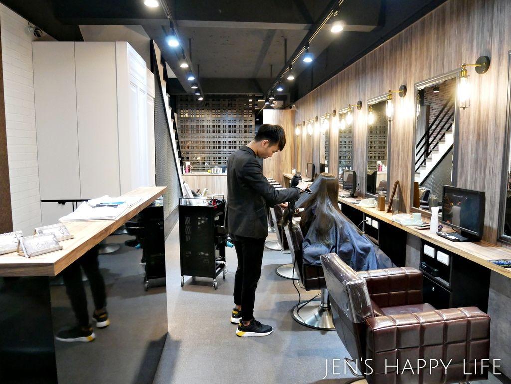 七大界髮廊P1030556.JPG
