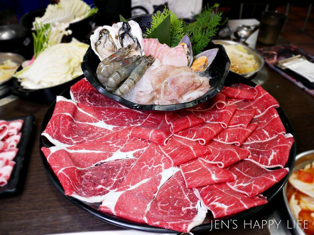 肉多多火鍋P1060150.JPG