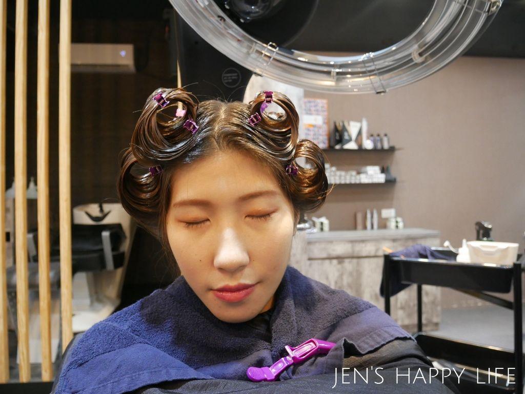 Wor髮廊.永和染髮推薦P1080378.JPG