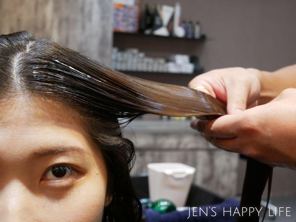 Wor髮廊.永和染髮推薦P1080337.JPG