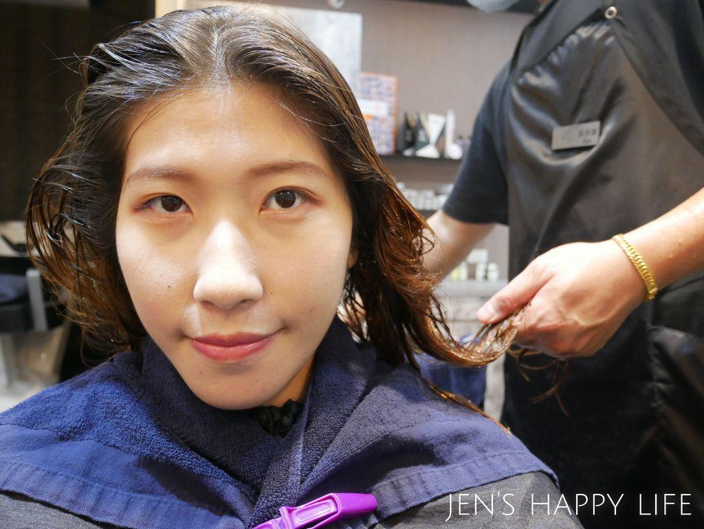 Wor髮廊.永和染髮推薦P1080332.JPG