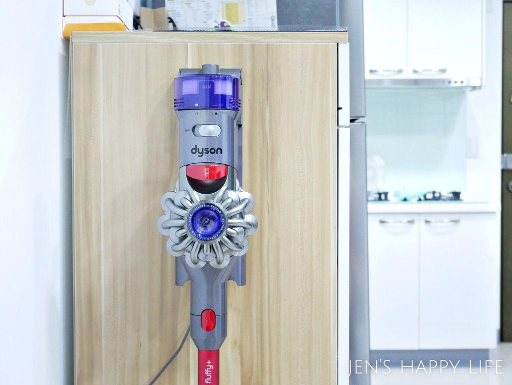 戴森吸塵器P1110794.JPG
