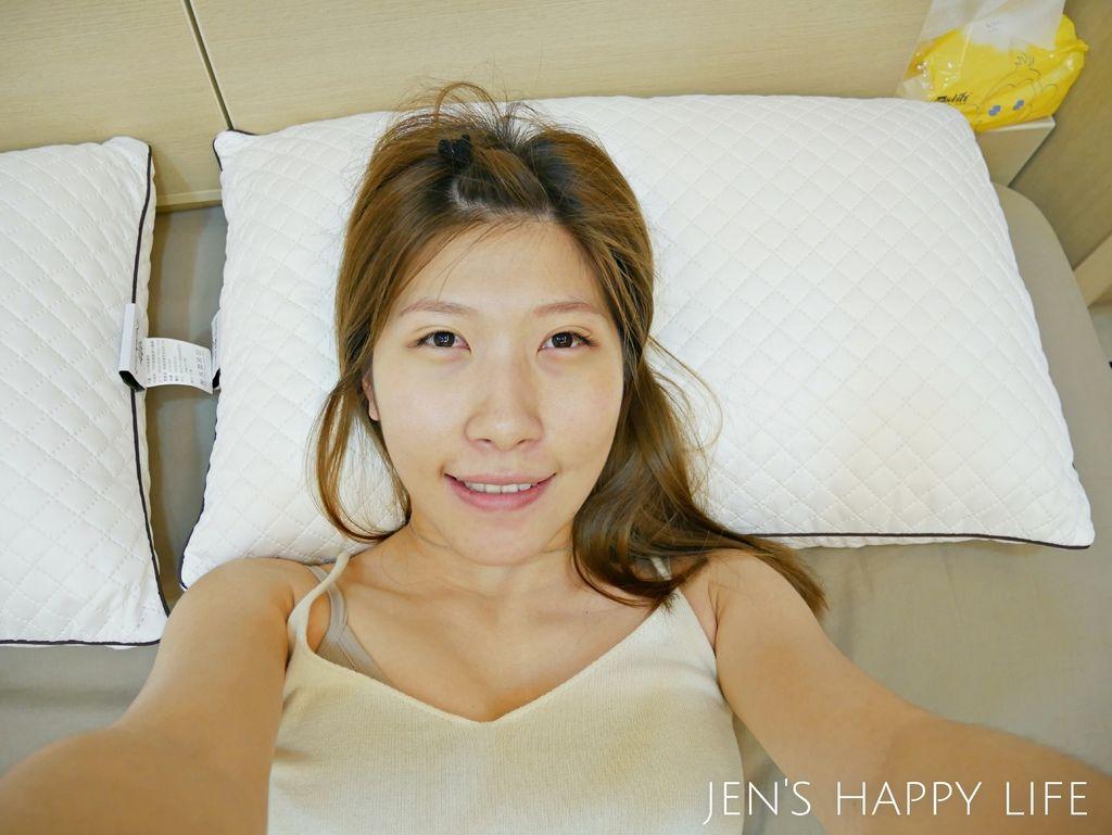 德瑞克名床-枕頭P1120266.JPG