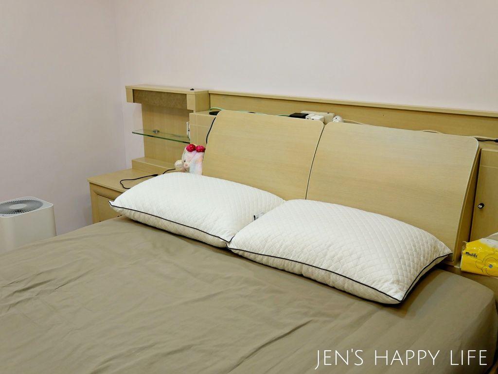 德瑞克名床-枕頭P1120219.JPG