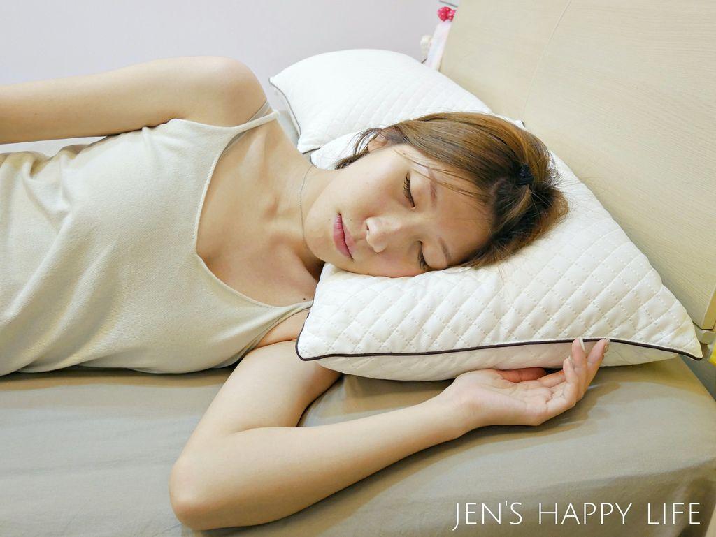 德瑞克名床-枕頭P1120234.JPG