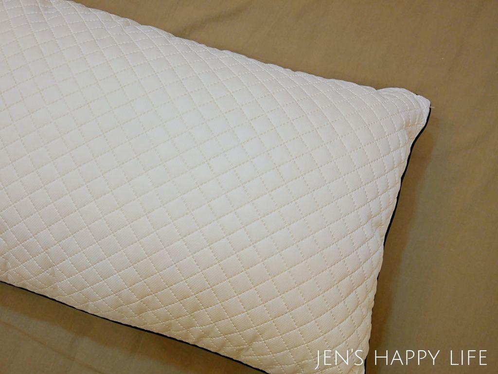 德瑞克名床-枕頭P1120215.JPG