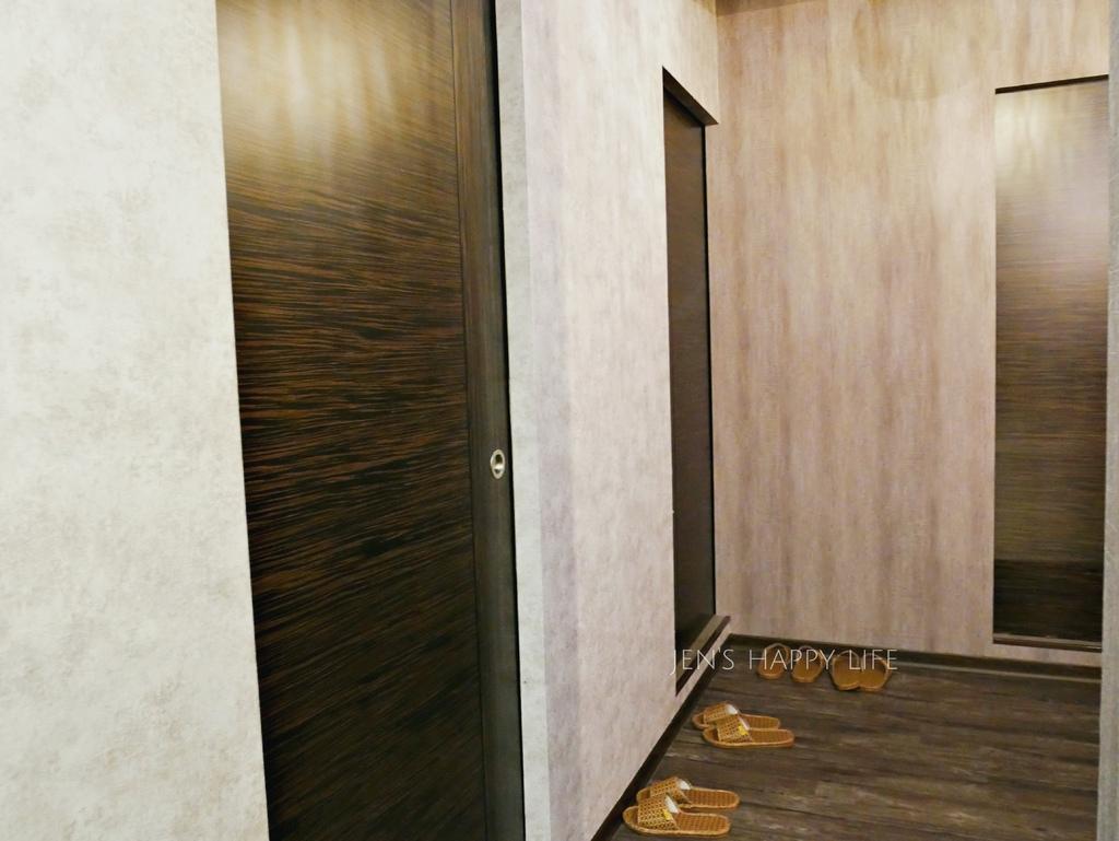 板橋美髮七大界髮廊染髮燙髮護髮按摩spaP1110407.JPG
