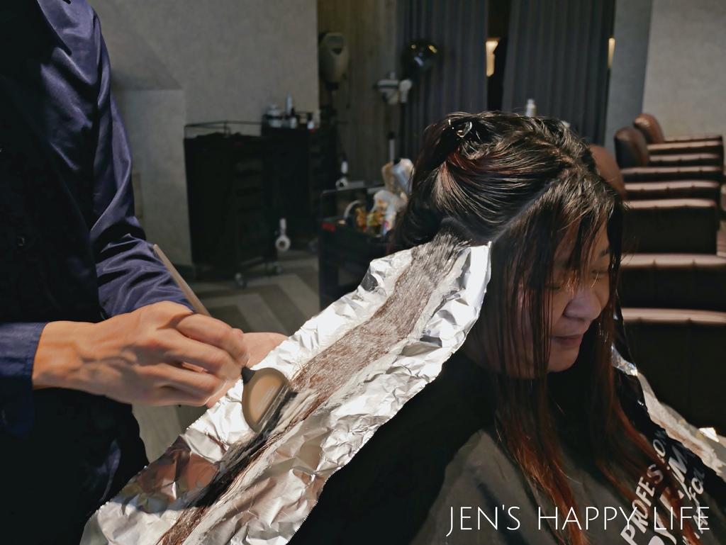 居髮廊,中和染髮護髮,中和剪髮P1120719.JPG