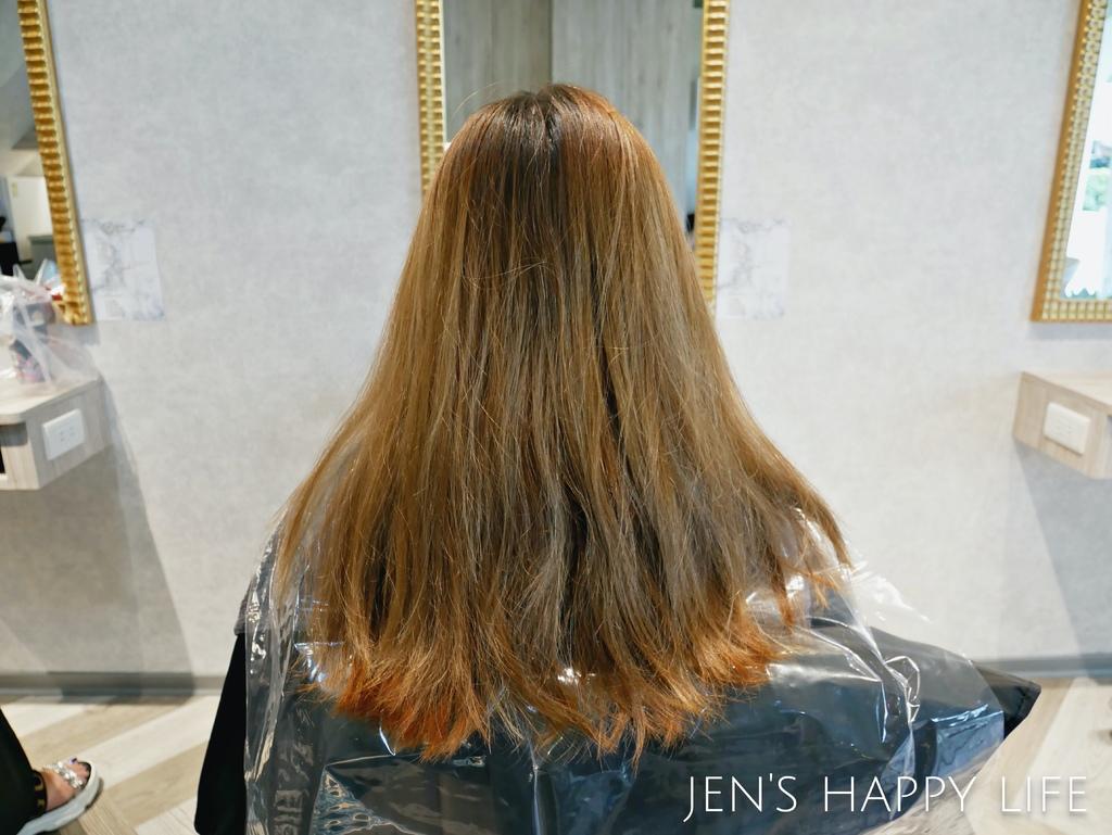居髮廊,中和染髮護髮,中和剪髮P1120732.JPG