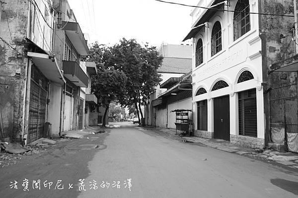 華人街人去樓空