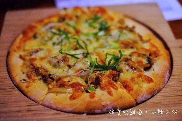 BBQ辣味野菇豚燒披薩