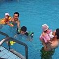 1020615游泳-合照1.JPG