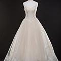 訂婚第一套類白紗