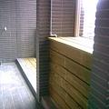 陽台南方松冷氣櫃