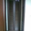 主臥浴廁摺疊門(關)