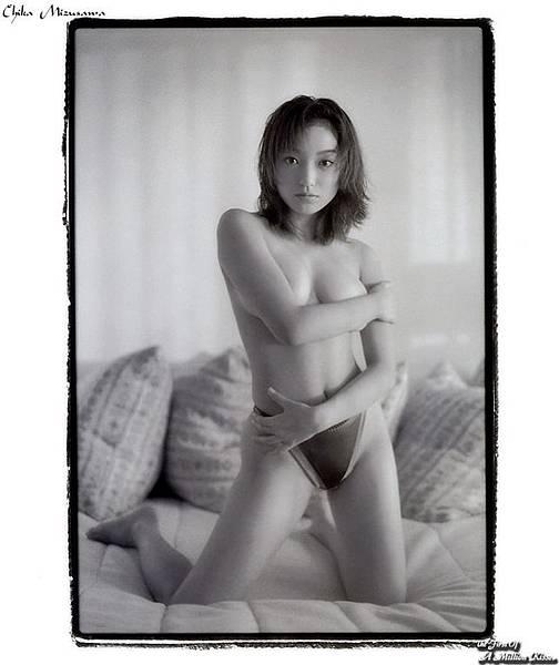 Miho_Yoshioka023