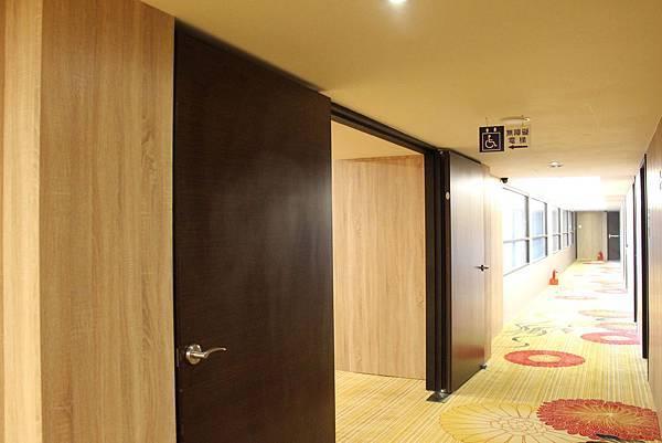 台中飯店無障礙電梯指引