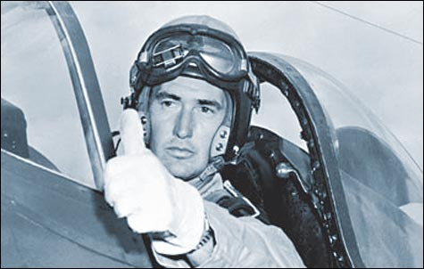 ted williams as a pilot