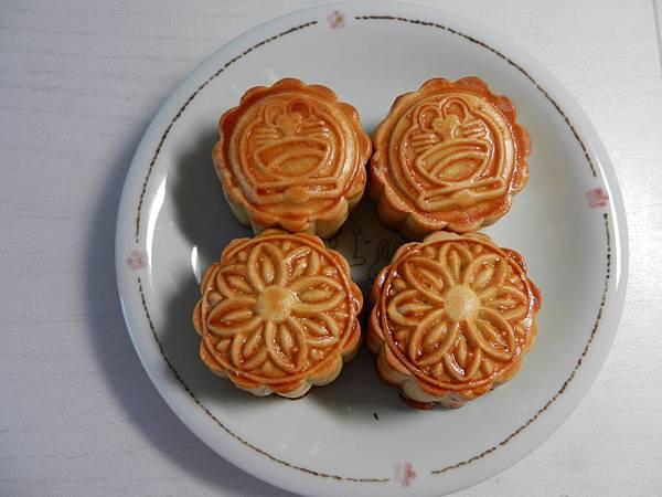 Mooncakes 002
