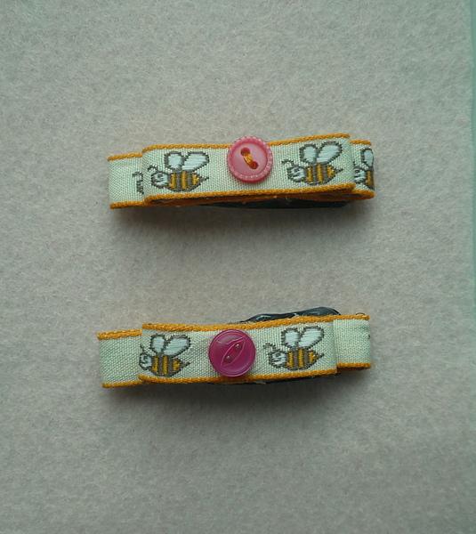 Bumblebee Clips.JPG