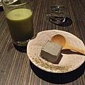 芝麻慕斯 _  玄米抹茶