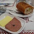 麵包+butter+鵝肝醬@雨果西餐