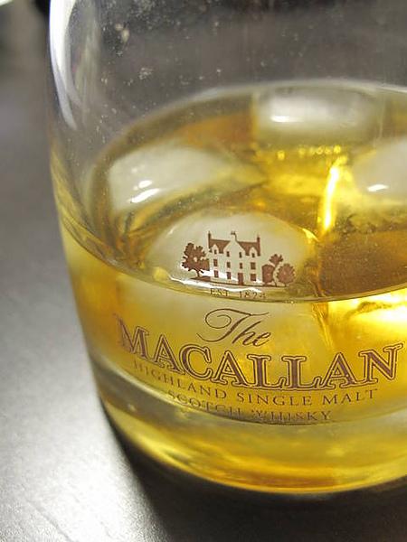 念書時的好夥伴_威士忌