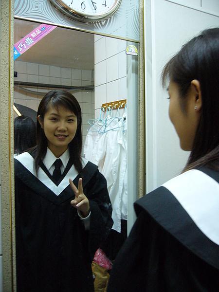 唉! 要畢業了~