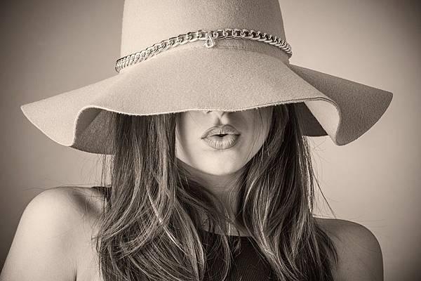 fashion-2309519_960_720.jpg