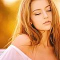 woman-1320810_960_720.jpg